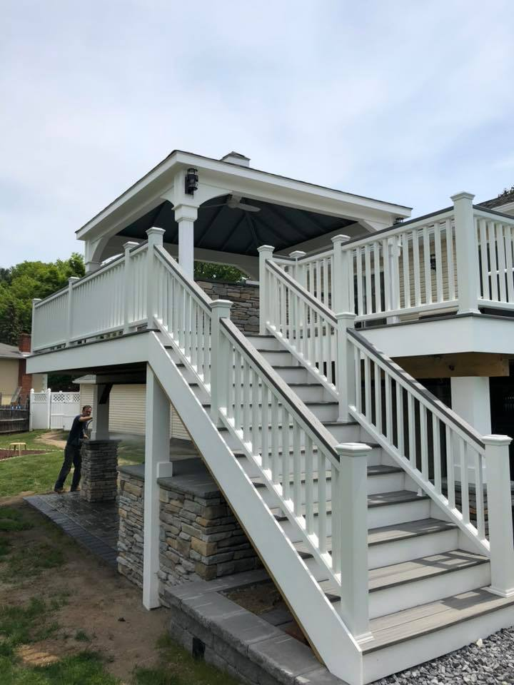 trex deck staircase